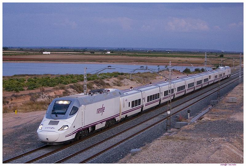 horarios de trenes pamplona: