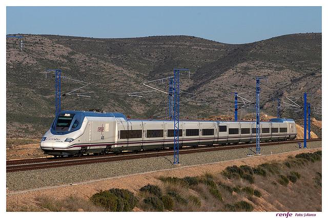 Refuerzos de RENFE en los servicios AVE este verano ... - photo#17