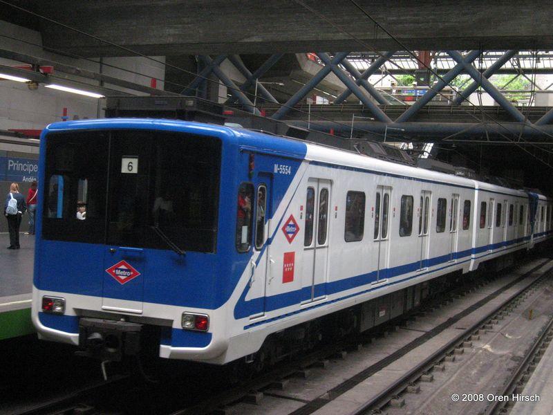 Sexo en el metro de barcelona - 3 part 7
