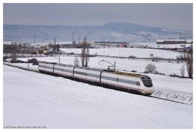 Alvia s-120 nieve
