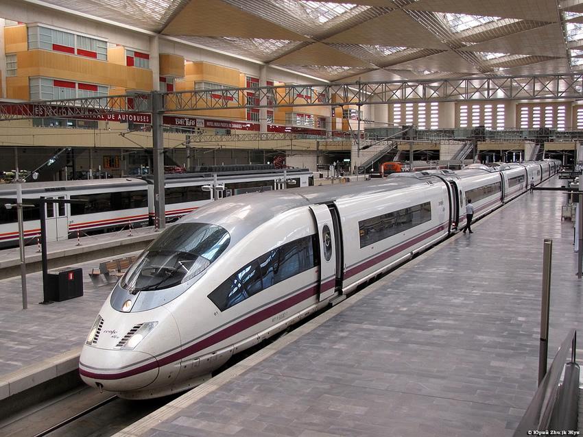 Incrementa un 6 2 los pasajeros del ave madrid for Ave hotel barcelona madrid