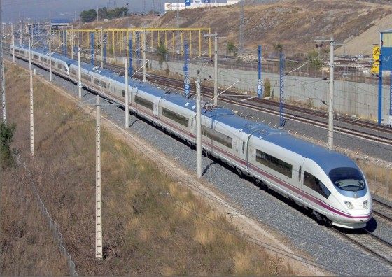 RENFE lanza una nueva tarjeta para que los turistas extranjeros viajen a un precio reducido