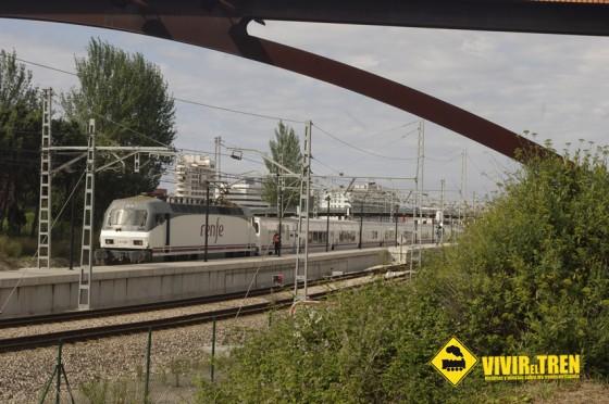 El viernes llegó a Gijón el Tren Negro dando comienzo a la Semana Negra