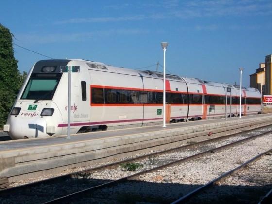 RENFE cumple sus compromisos y ajusta el horario de primera hora de los trenes Sevilla – Osuna