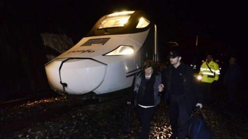 Descarrila tren Ourense