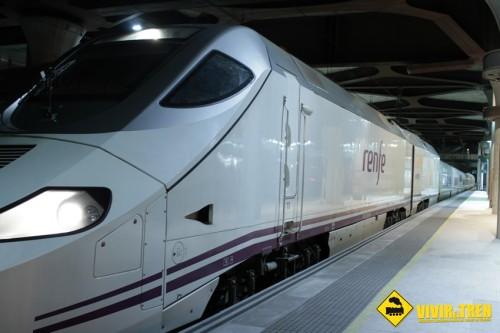 Después de 5 años, llega a Asturias un tren nocturno procedente de Madrid
