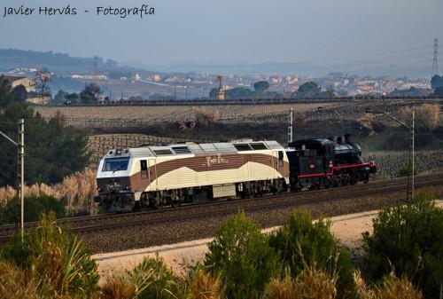 Traslado de la locomotora de vapor Baldwin 140.2054 de Portbou a Madrid