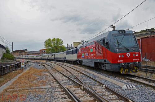 Circulación especial del tren Transcantábrico con locomotora de Euskotren