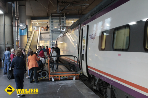 Mejoras en los trenes para el acceso de pasajeros con movilidad reducida