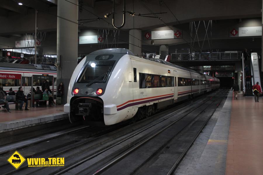 Vivir el tren iguadix for Horario de trenes feve