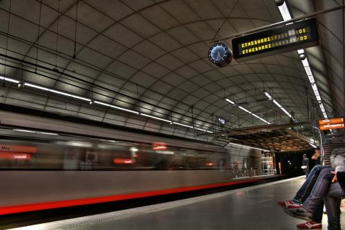 Metro Bilbao Santo Tomas
