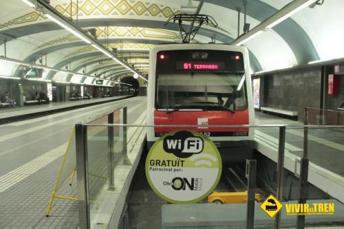 La estación de Barcelona Plaza Cataluña cierra por mantenimiento