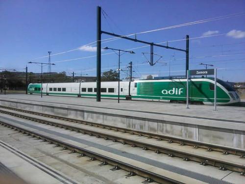 Tras León, los trenes empiezan a circular por la nueva Línea de Alta Velocidad a Zamora