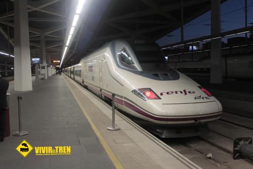 Renfe programa 36 trenes AVE especiales Barcelona – Sevilla/Málaga/Cádiz/Granada en navidad