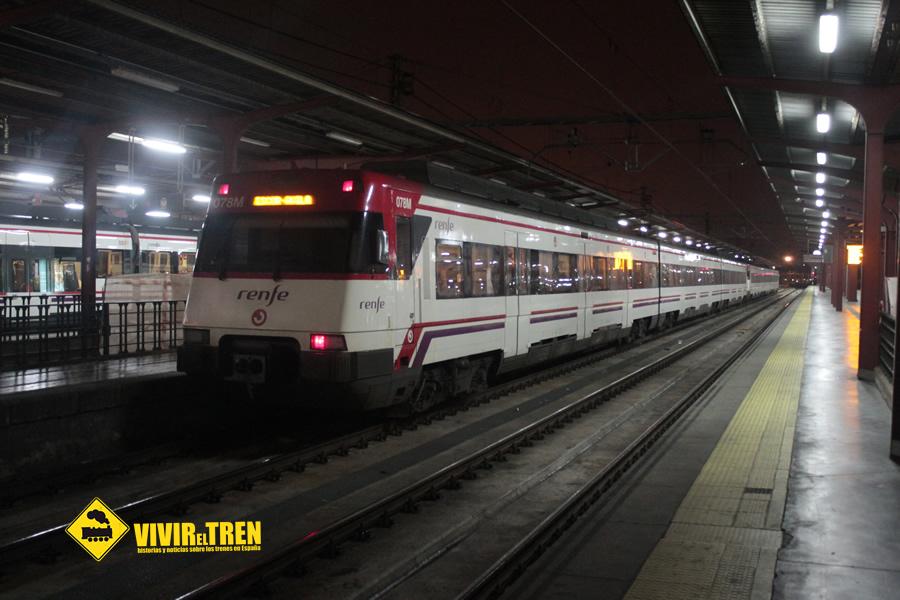 Nuevos trenes remodelados en la l nea c 5 de cercan as for Oficinas de renfe en madrid