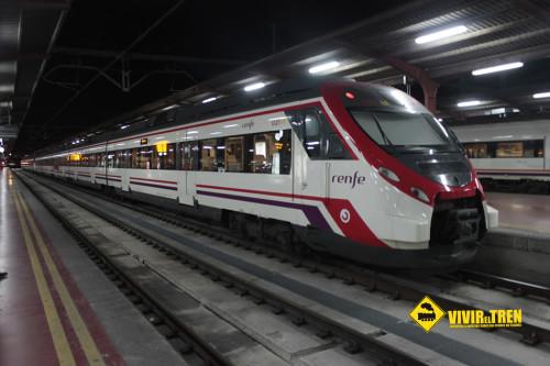 Los trenes de Cercanías Valencia circularán las 24 horas durante las Fallas