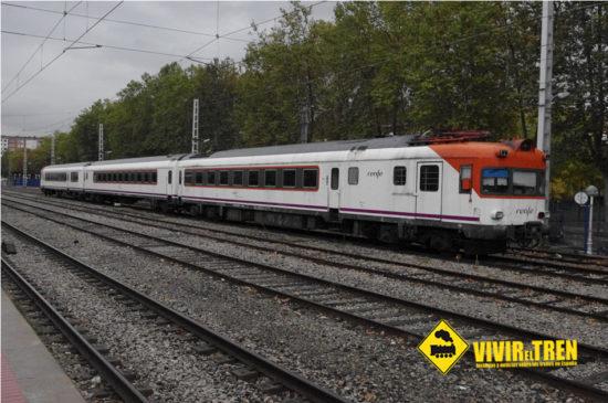 El Electrotren 432-001 se va de Vitoria camino del desguace