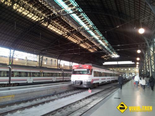 Trenes de Cercanías Valencia las 24 horas durante las Fallas