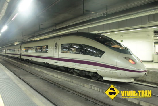 Más trenes AVE entre Barcelona y Sevilla durante Mayo