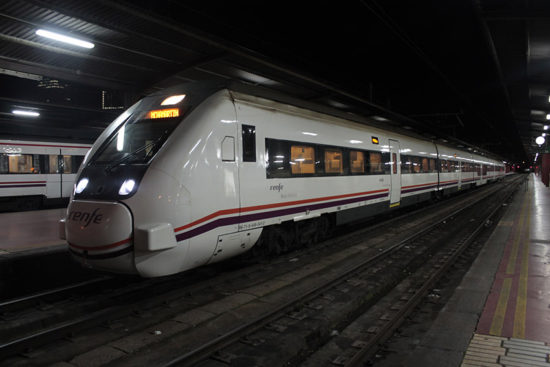 Tren Ávila
