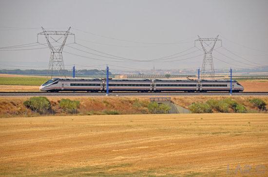 Renfe pone un nuevo servicio AV City a primera y última hora del día entre Zamora y Madrid