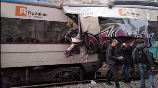 Un problema de señalización causa un choque frontal de dos trenes de Rodalies en Manresa