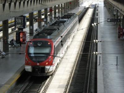 tren cercanias sevilla