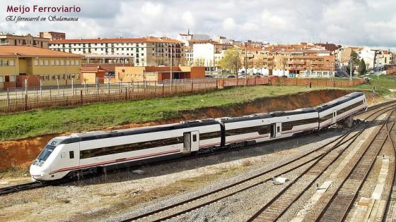 Un tren choca contra una topera en el depósito ferroviario en Salamanca