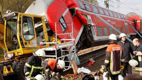 choque tren excavadora Alemania