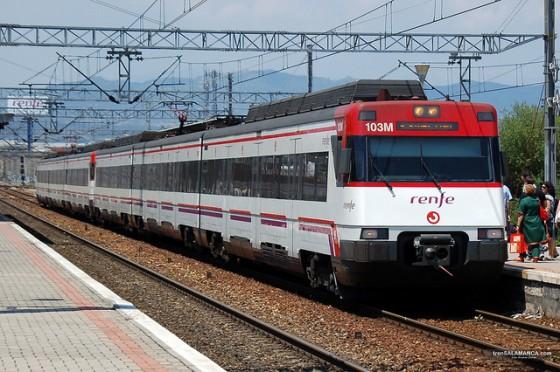 Tren Cercanias doble composición