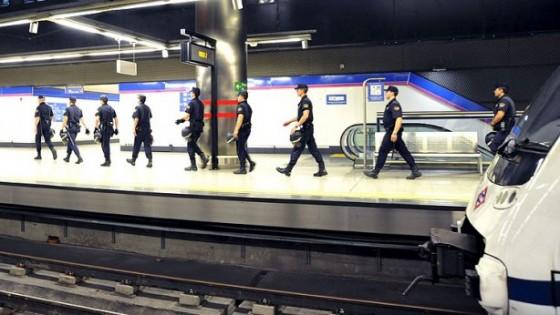 antidisturbios Metro Madrid