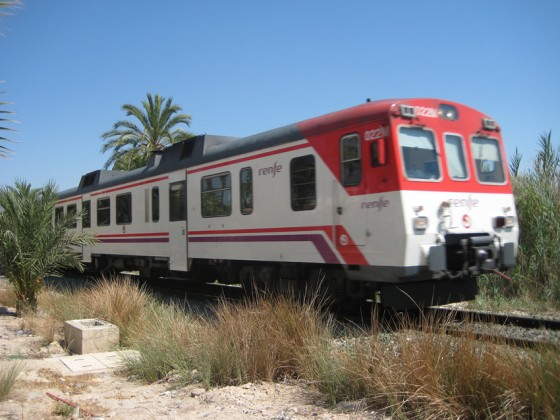 tren Aguilas