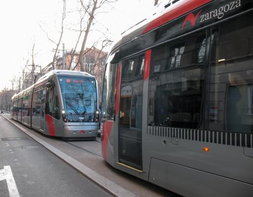El tranvía de Zaragoza ya llega hasta la Plaza de España. Ha aumentado el número de pasajeros un 35% en sus primeros días de circulación