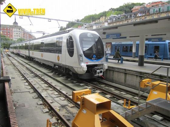 El 5 de diciembre el 'Topo', servicio ferroviario de Euskotren, celebra su centenario con un viaje conmemorativo