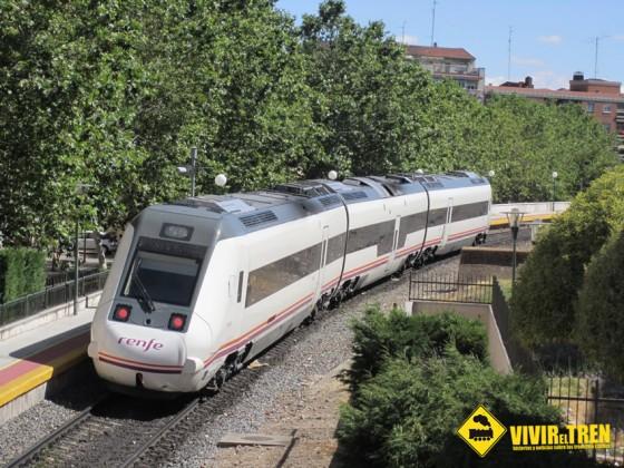 43 trenes de Media Distancia circulan casi vacios tras un informe elaborado para el Ministerio de Fomento