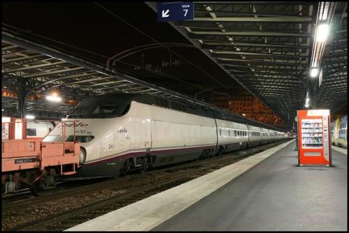 AVE estación París Este
