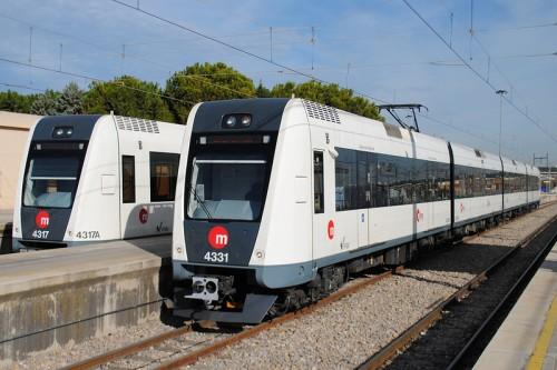 Servicios especiales de metro y tranvía, en Valencia, durante la noche de San Juan