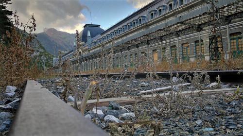 Presentando el recorrido, los precios y los horarios del tren turístico El Canfranero