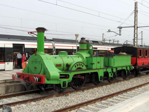 ¡Recuperemos la locomotora de vapor Mataró! Réplica de la primera máquina que circuló en España