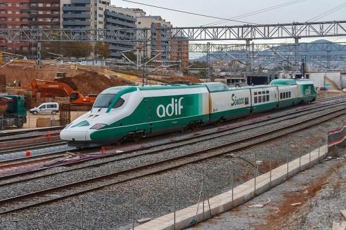En 2014, ADIF se dividirá en Adif Alta Velocidad y Adif convencional