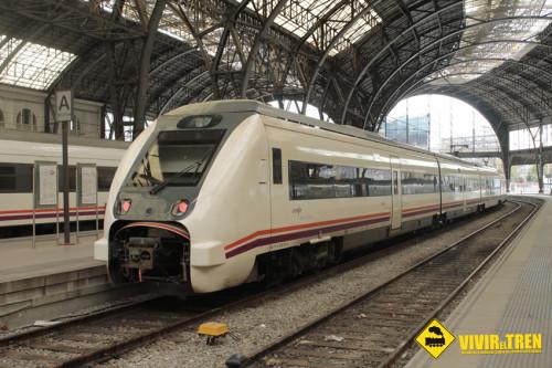 Tren 449 Tortosa Barcelona