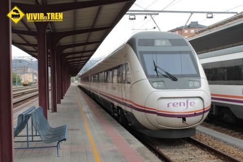 Tren maletas Correos