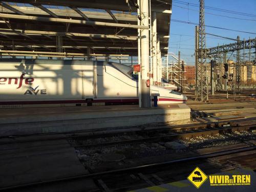 Fomento pondrá servicios directos en tren entre Atocha y el aeropuerto de Barajas