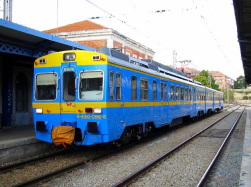Viaje especial Madrid Chamartín – Algodor en el tren histórico UT440