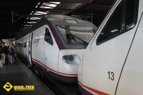 Renfe programa 18 trenes especiales que enlazarán Valencia y Alicante con Málaga y Sevilla en Semana Santa