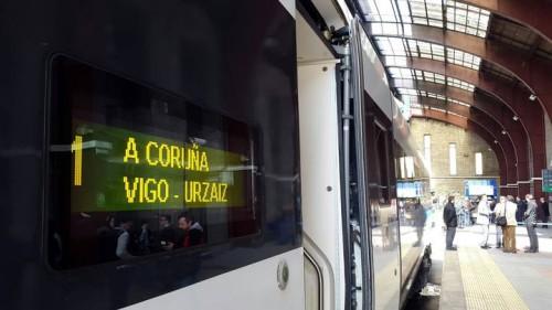 Viaje inaugural línea del Eje Atlántico de Alta Velocidad A Coruña – Vigo Urzáiz
