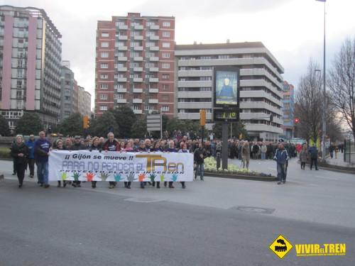 Gijón se une en defensa del ferrocarril