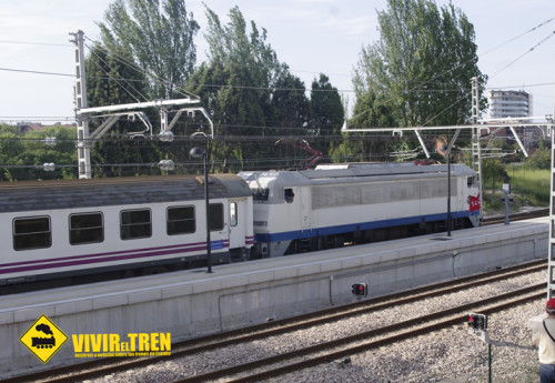 Locomotora 269.604 Gata AAFM