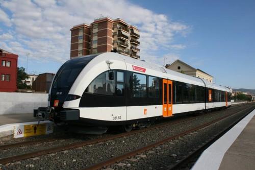 Los 2 trenes de FGC ya circulan en servicio comercial por la línea Lleida – Balaguer – La Pobla